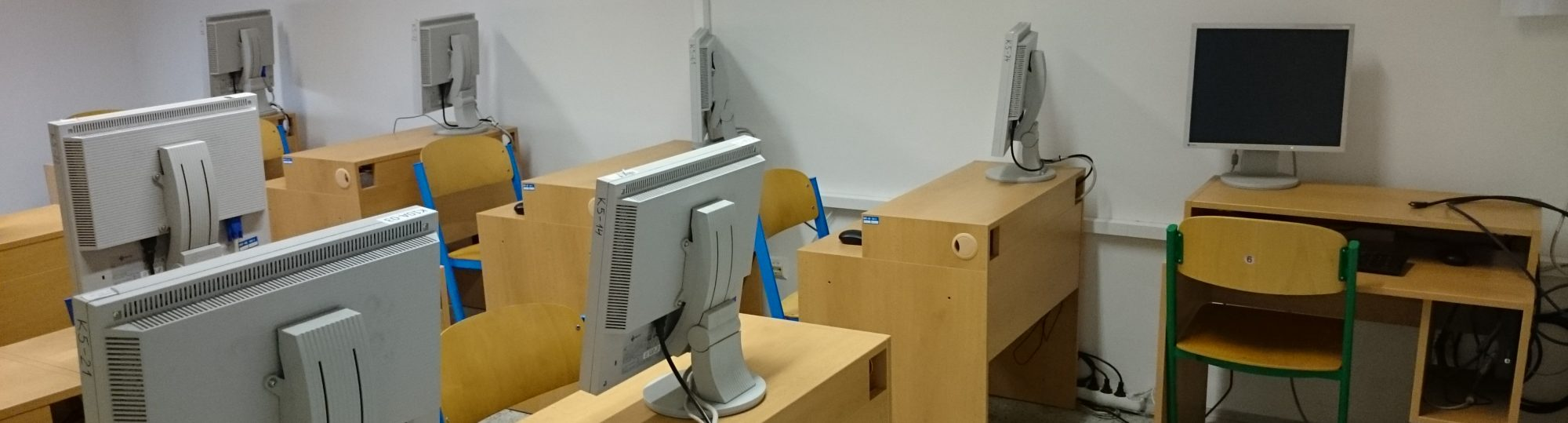 Počítačové laboratoře a učebny Matematické sekce MFF UK